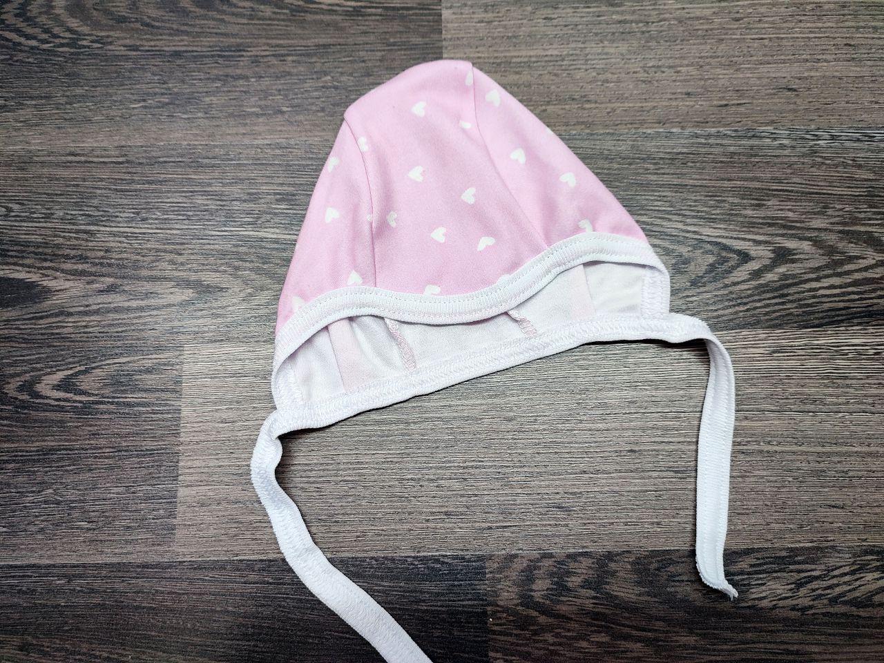 Чепчик на завязках розовый